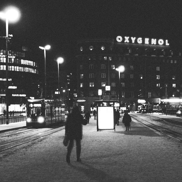 hakaniemi oxynegol yolla street photo helsinki mustavalkoinen talvi winter black white mood