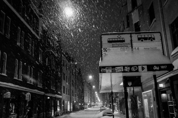 jouluyö helsingin kaduilla