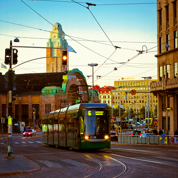 helsingin keskustaa valokuvia photograph from helsinki central at night time