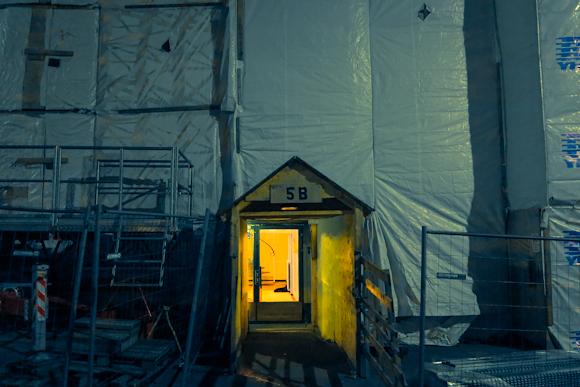 julkisivuremontti helsinki kokonainen talo peitetty pressulla