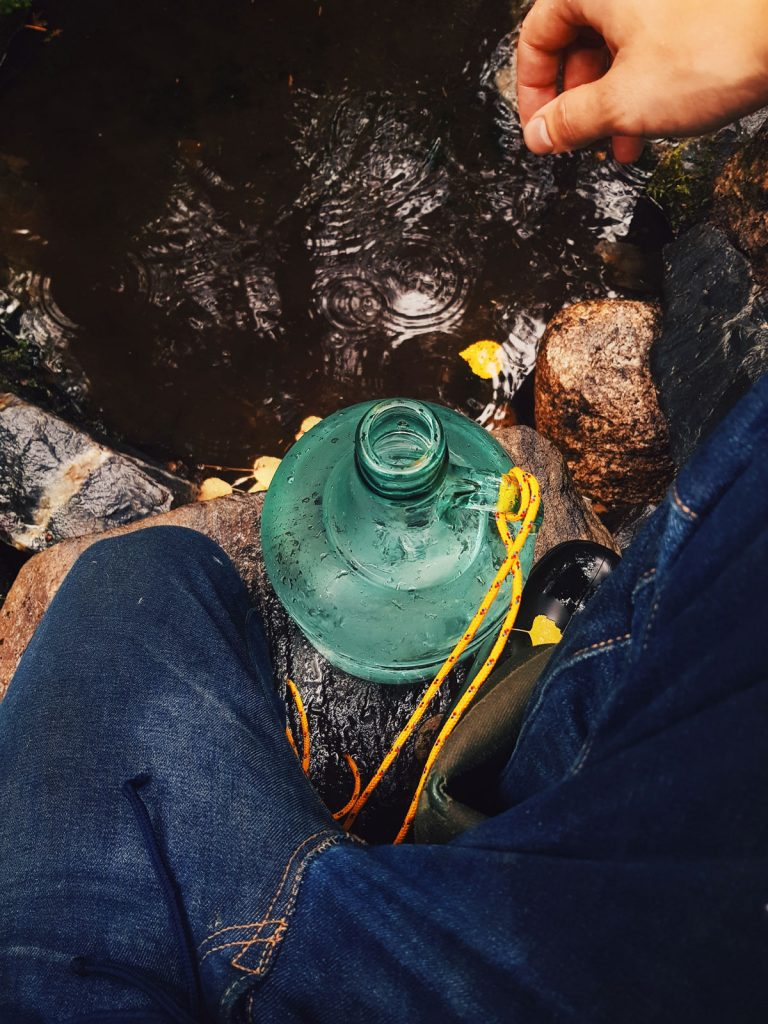 lahdevesi-water-from-finland-sotkamo-glass-bottle-lasipullo-pullotus-luonnon-vesi-from-spring
