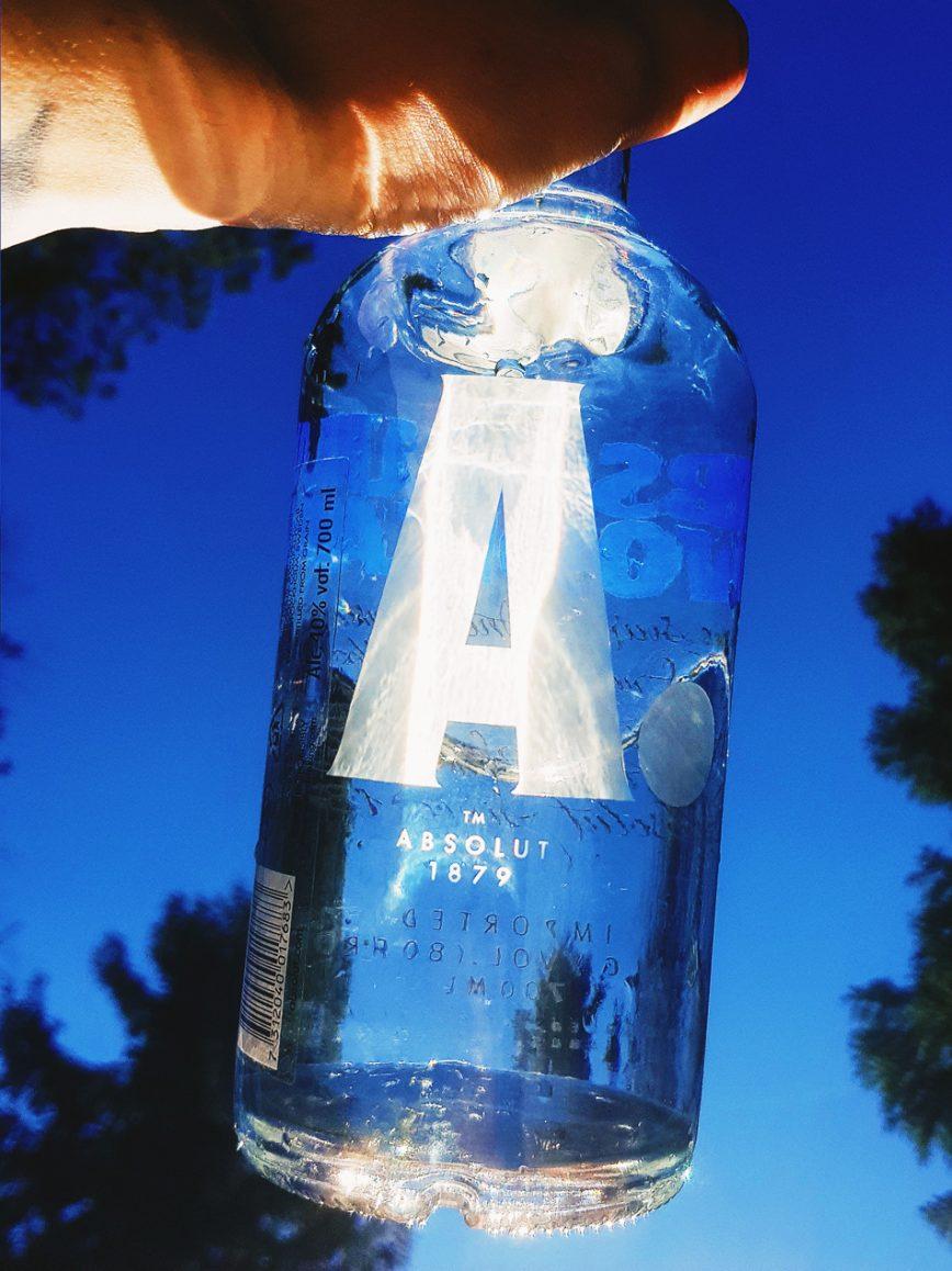 #559 – Lasinen vesipullo